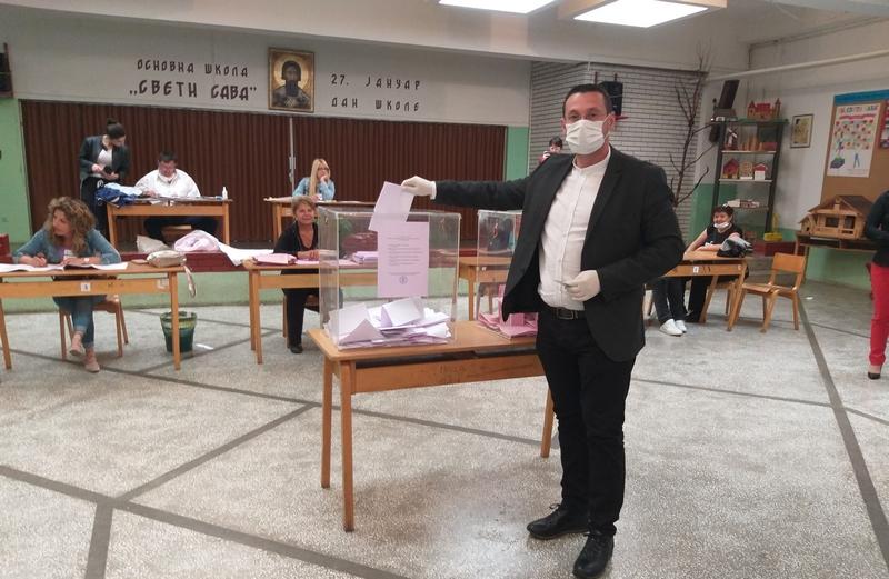 Predsednik opštine Vladičin Han ispunio svoju građansku dužnost