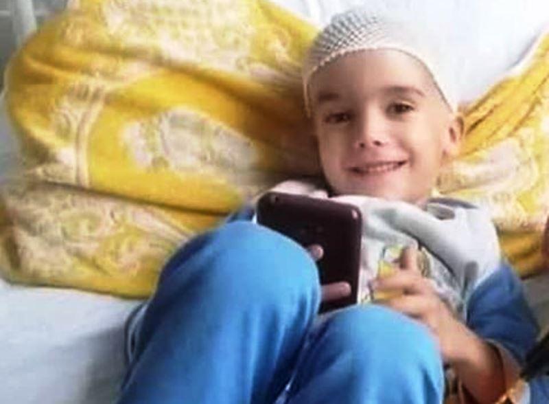 Pomozimo malom Ogiju da pobedi tumor na mozgu