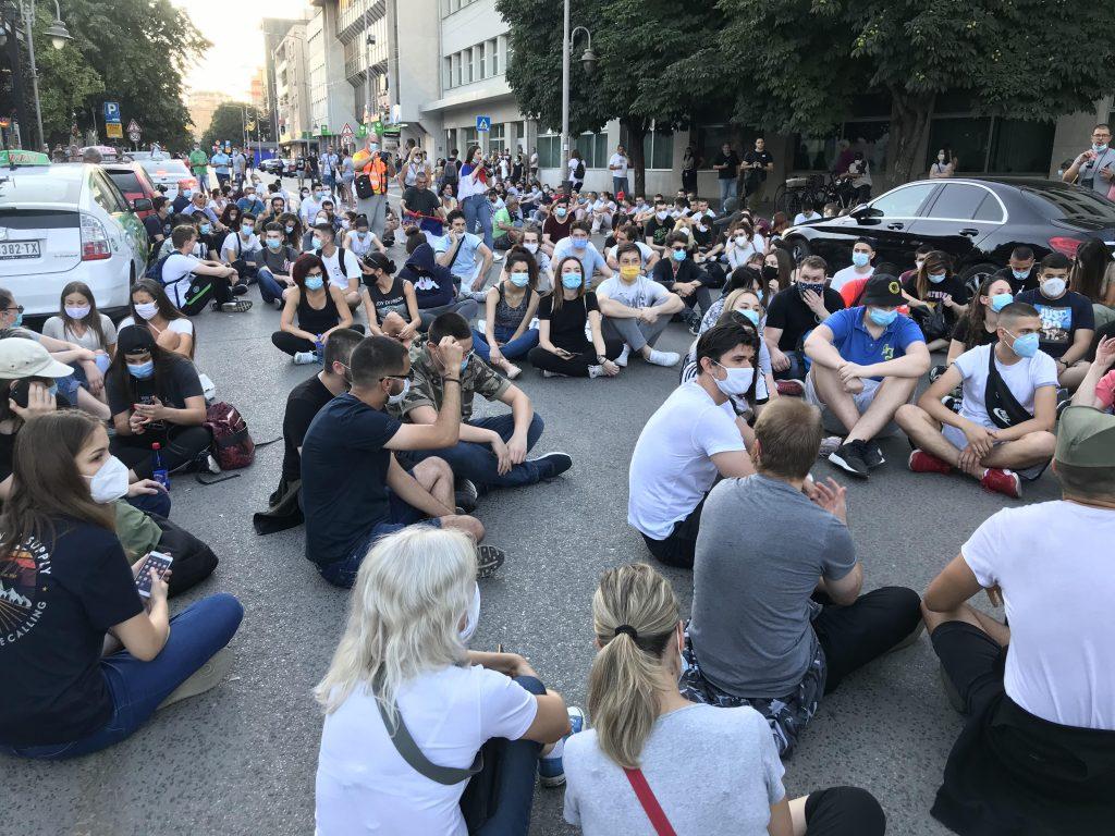 Protest: Nišlije zaustavio kordon policije