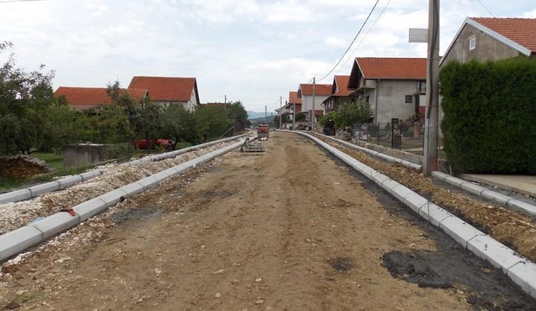 Za asfaltiranje gradskih ulica u Prokuplju 24 miliona
