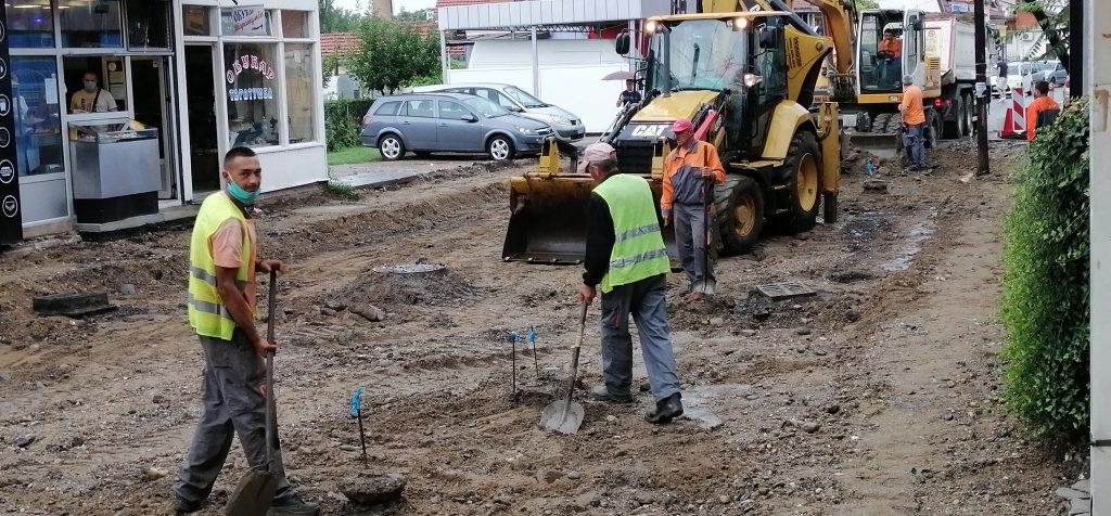 """Jedan deo Leskovca se gradi, drugi infrastukturni projekti """"u zastoju"""", za treće probleme nema rešenja"""
