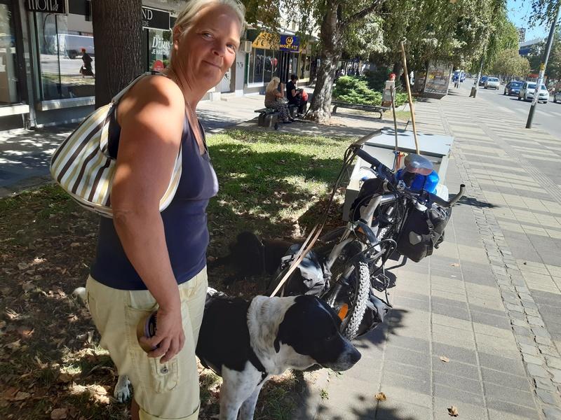 Biciklom na putu oko sveta svratila i u Leskovac