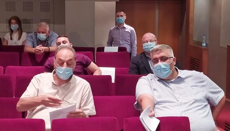 Zdravković pozvao na vakcinaciju, a za Cecin koncert rekao da je – sramota