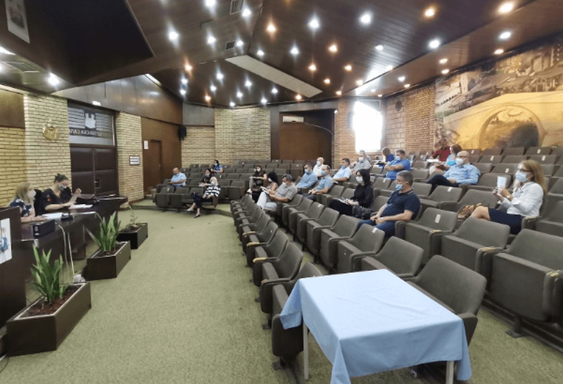 Održan sastanak sa direktorima škola, naložena dezinfekcija i nabavka zaštitne opreme