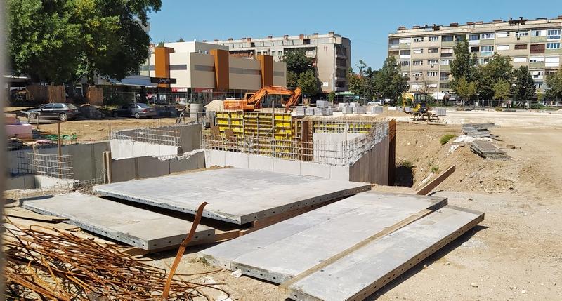 Grad će raskinuti ugovor ako trg u Leskovcu ne bude završen u roku