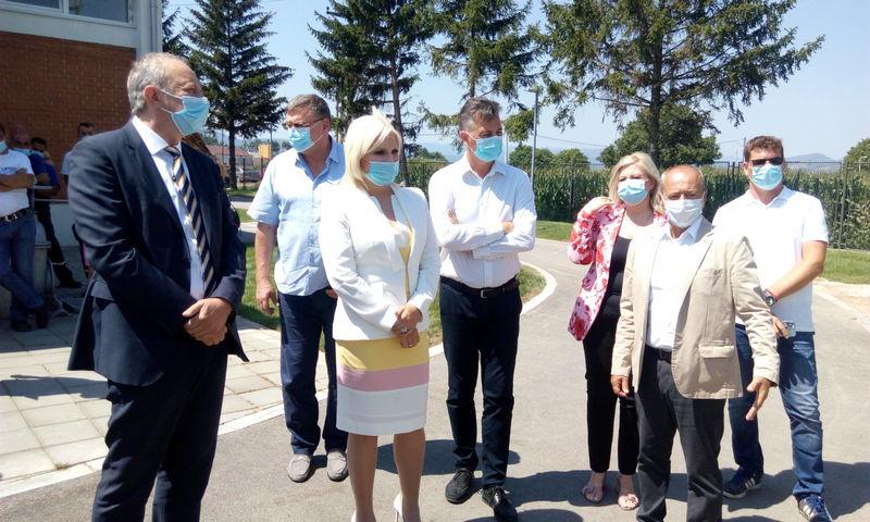 Mihajlovićeva obišla Postrojenje za prečišćavanje pijaće vode u Pirotu i najavila ulaganje od preko 3,3, milijarde evra u komunalnu inftastrukturu Srbije