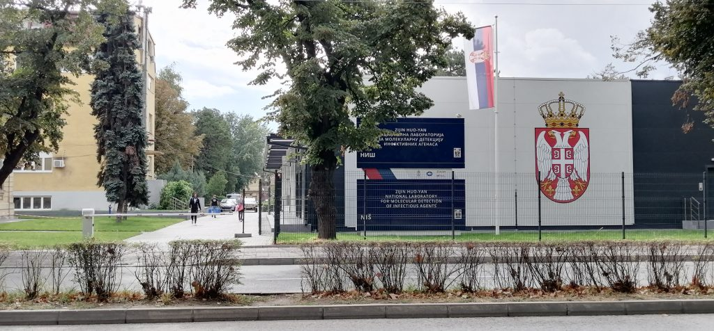 Na jugu Srbije i dalje stagnira broj pacijenata sa koronom, od virusa preminula jedna osoba