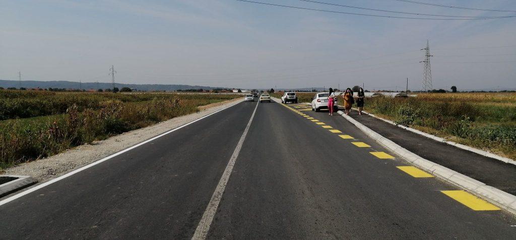 Radnici Simpa blokirali saobraćaj zbog neuplaćivanog radnog staža