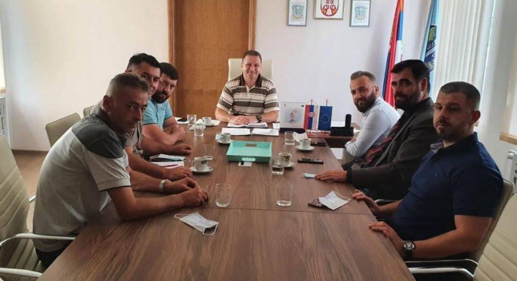 Koja je poruka predstavnika Nacionalnog saveta Albanaca nakon sastanka sa predsednikom opštine Medveđa