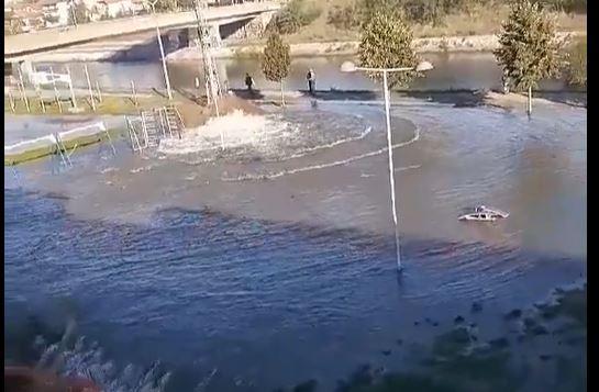 Poplava na bulevaru u Nišu, bez vode deo grada