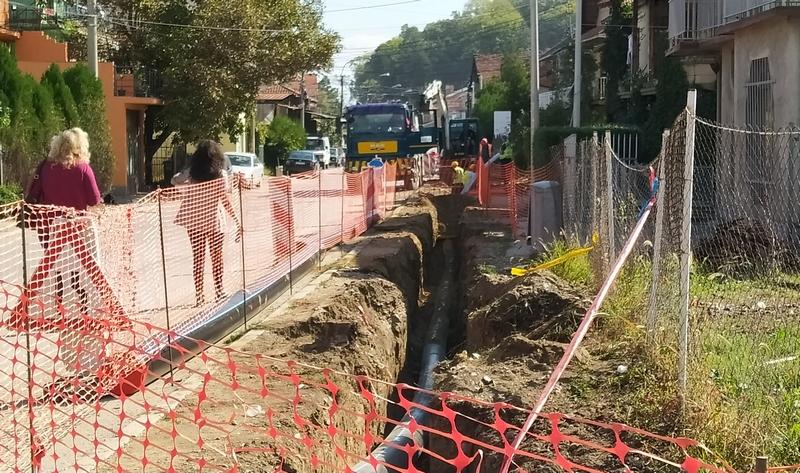 I u Prvomajskoj ulici se menjaju azbestne vodovodne cevi stare pola veka