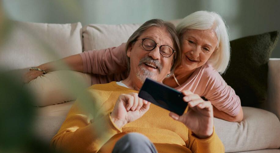 Na 30-godišnjicu Međunarodnog dana starijih osoba VIP nudi besplatne tarife za seniore