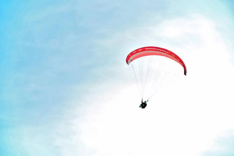 Aleksandar Milošević ostvario san o letenju a sada sanja da Leskovac postane centar i škola za paraglajding
