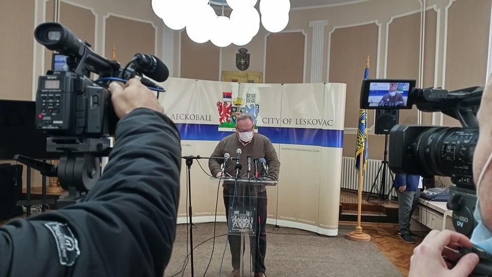 Korona među opštinarima, o uvođenju vanredne situacije u Leskovcu se još uvek ne razmišlja