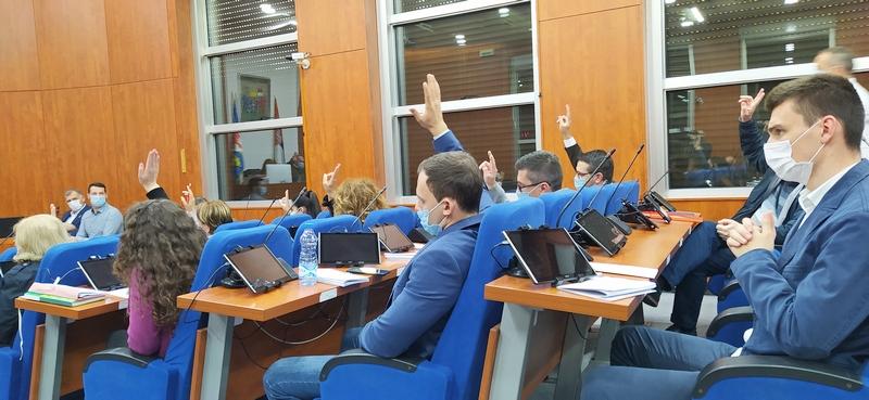 Osnovne škole u Leskovcu dobijaju bespilotne letilice
