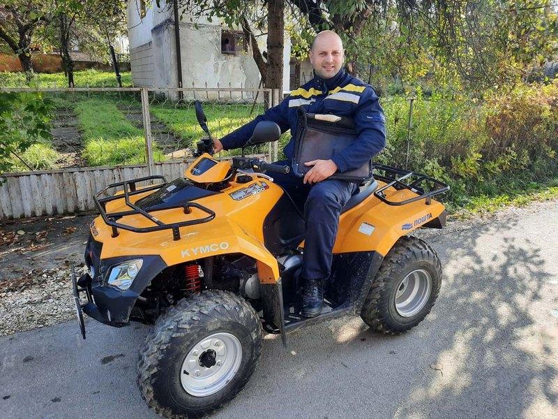 Meštani poljaničkih sela vole i hvale svog poštara Igora