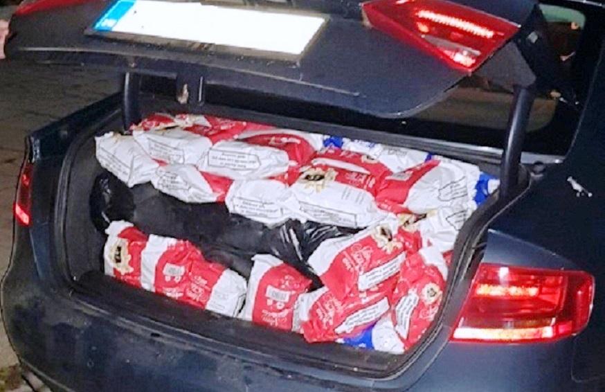 Kod Leskovca sprečeno krijumčarenje preko 130 kilograma rezanog duvana