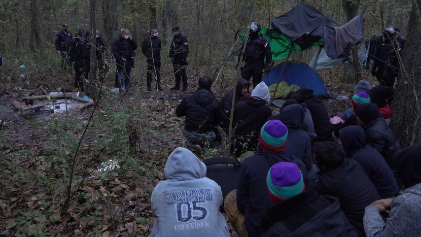 Ponovo više stotina migranata premestili na jug Srbije