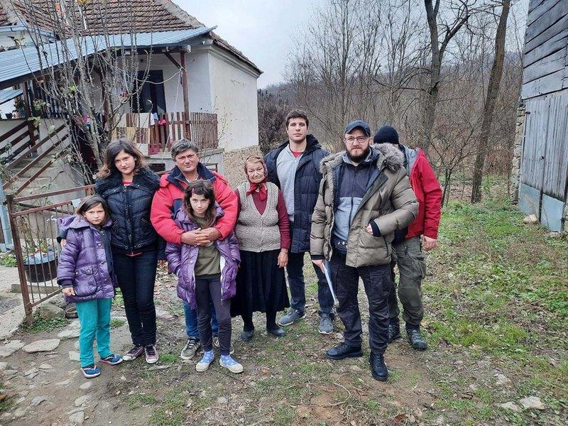 """""""Srbi za Srbe"""" obećali da će pokušati da završe kuću porodici Jovanović"""