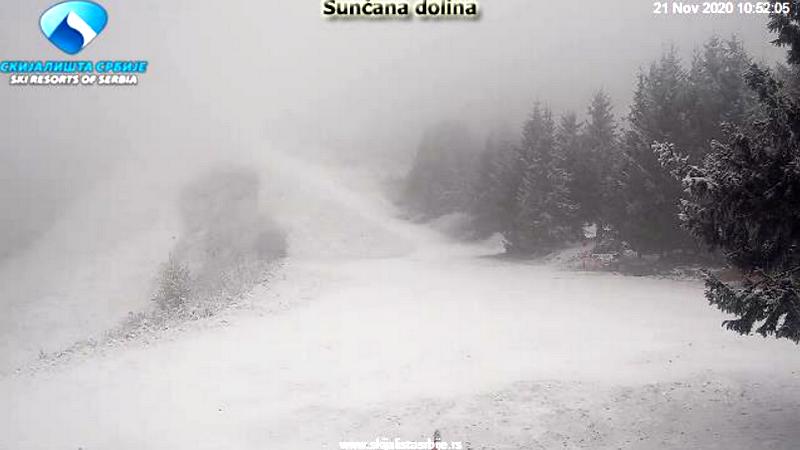 Prvi sneg na Staroj planini