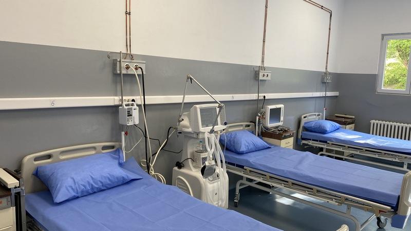 Više od 400 pacijenata u niškim kovid bolnicama, Vojna bolnica ponovo u kovid sistemu