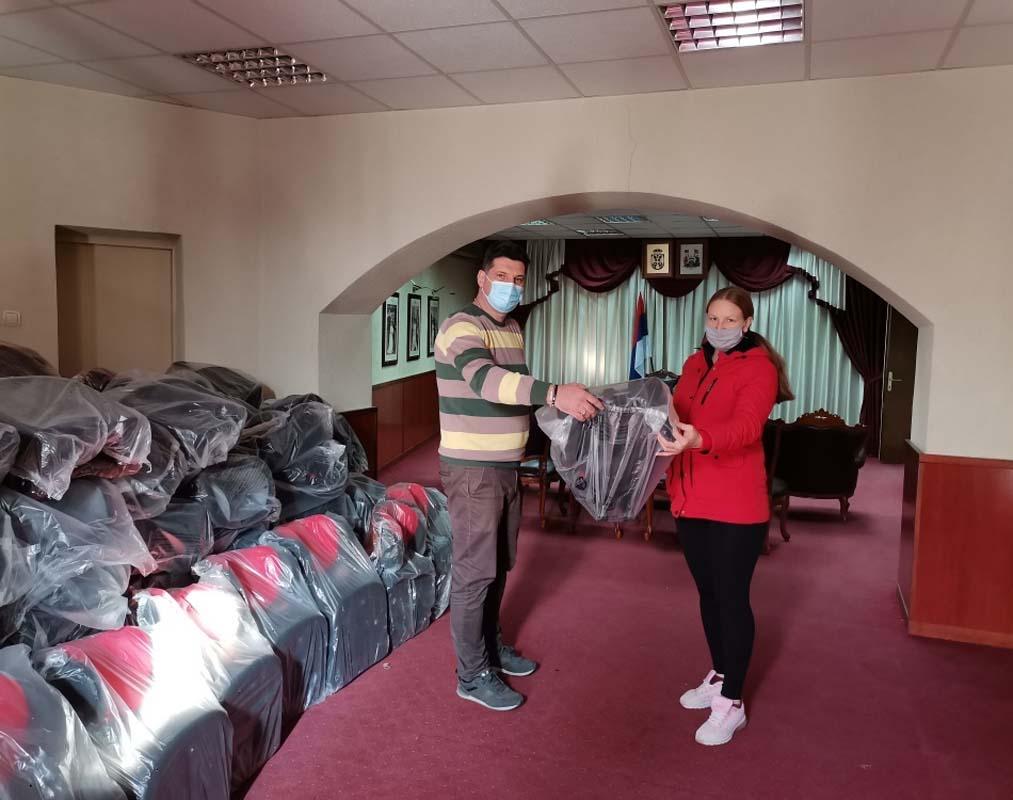 Još 80 auto sedišta podeljeno roditeljima mališana u Vranju