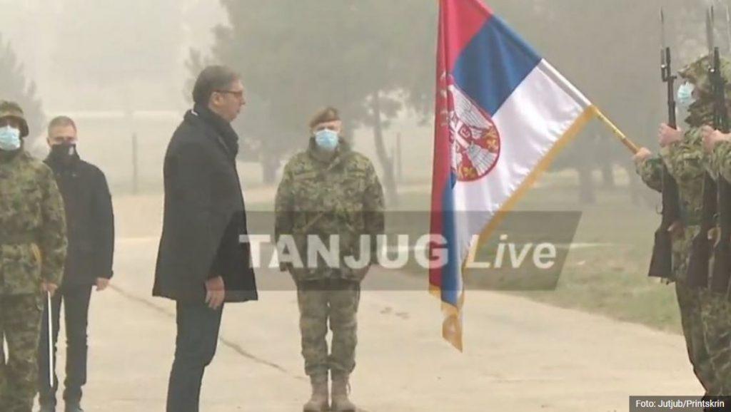 Predsednik prisustvuje prikazu tenkova T-72MS u Nišu