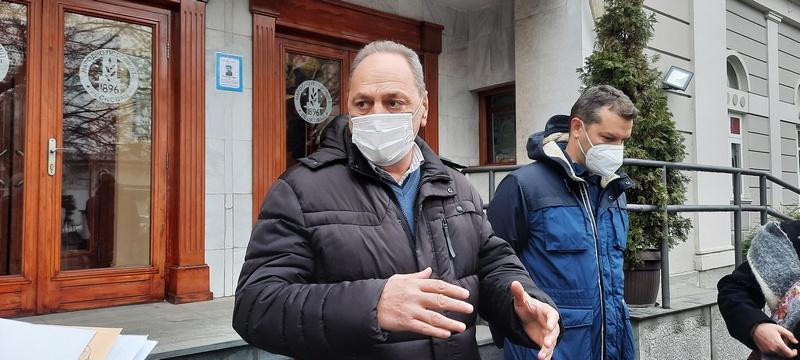 Vlast obećala da će isplatiti sva dugovanja prema radnicima Apoteke, Cakić tvrdi da se još uvek ne zna koliki je taj dug