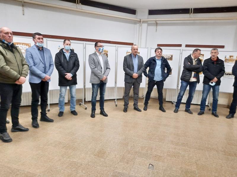 Vek FK Vlasine na fotografijama izložbe u Vlasotincu
