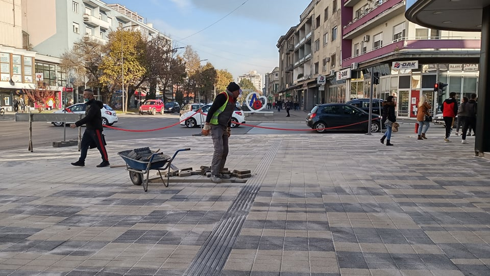 Ambiciozni planovi: Naredne godine se u Leskovcu asfaltiraju i uređuju preko 20 ulica, gradi se igralište za pse, uređuje plato iza pozorišta, podiže spomenik Stefanu Nemanji…