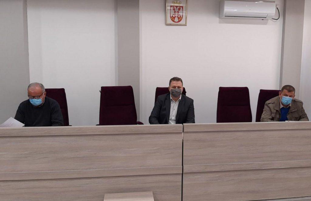 Štab za vanredne situacije u Medveđi ponovo apeluje na građane da se uozbilje i poštuju mere
