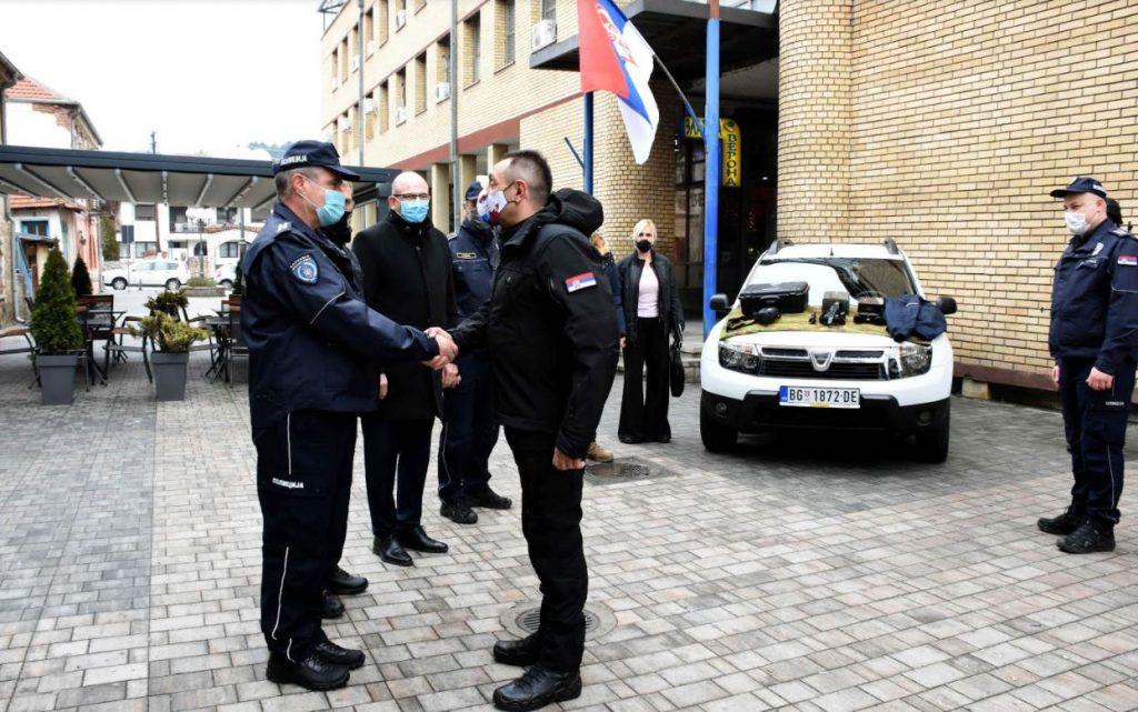Vulin u Kuršumliji: Policija brine o bezbednosti Srba na KiM