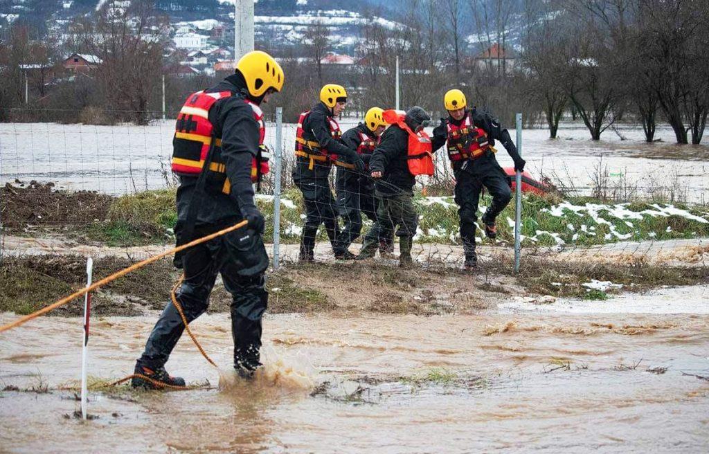 Do ovog trenutka evakuisano 85 ljudi iz poplavljenih područja na jugoistoku Srbije
