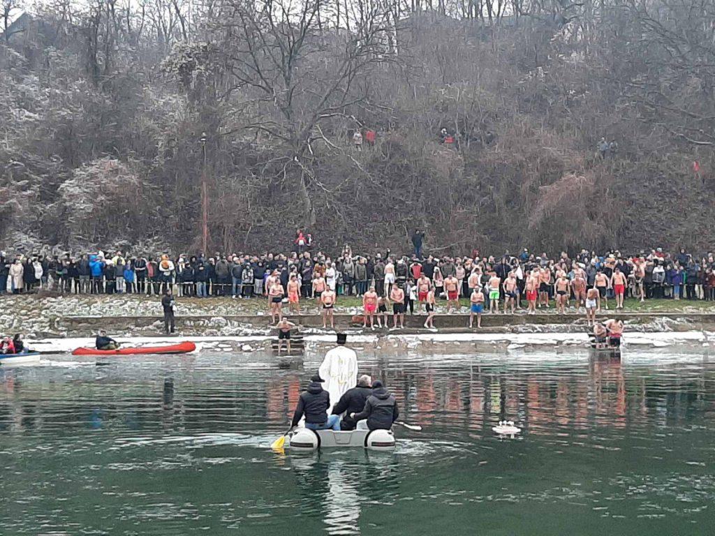 Ove godine bez plivanja za Časni krst u Vlasotincu