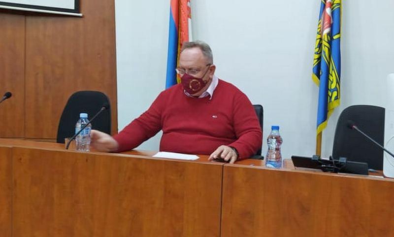 Za vakcinaciju se prijavilo još 540 zdravstvenih radnika, gradonačelnik Cvetanović poručio da se ne treba bojati vakcine