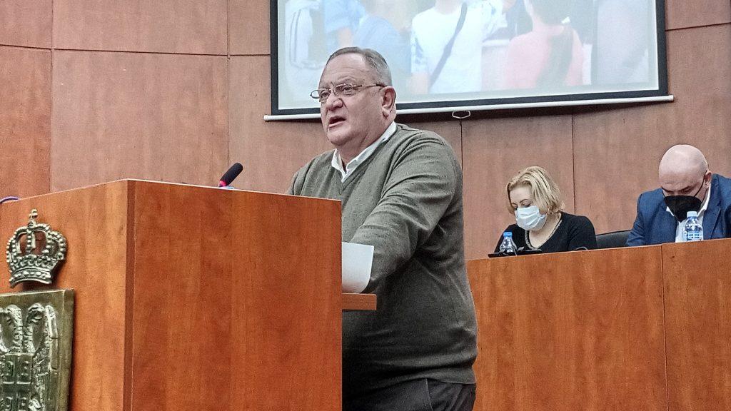 Gradonačelnik Leskovca na sastanku sa direktorima škola: U obrazovanje nije ovoliko uloženo u prethodnih sto godina  – VIDEO