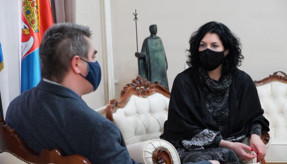 Niš partner u snimanju dokumentarne serije o srpskom kolu