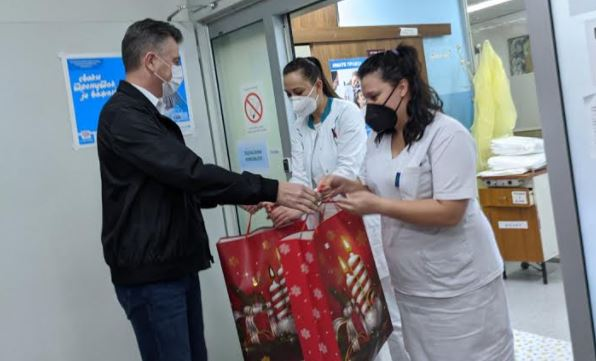 Pokloni i za prvorođene bebe u Pirotu