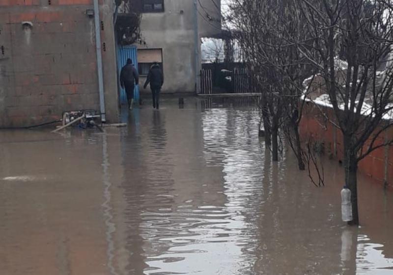 I u Doljevcu proglašena vanredna situacija zbog izlivanja reke
