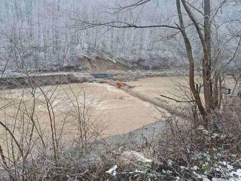 Vlasotinčani i dalje bez vode, na vodozahvatu oštećenja i mutna voda
