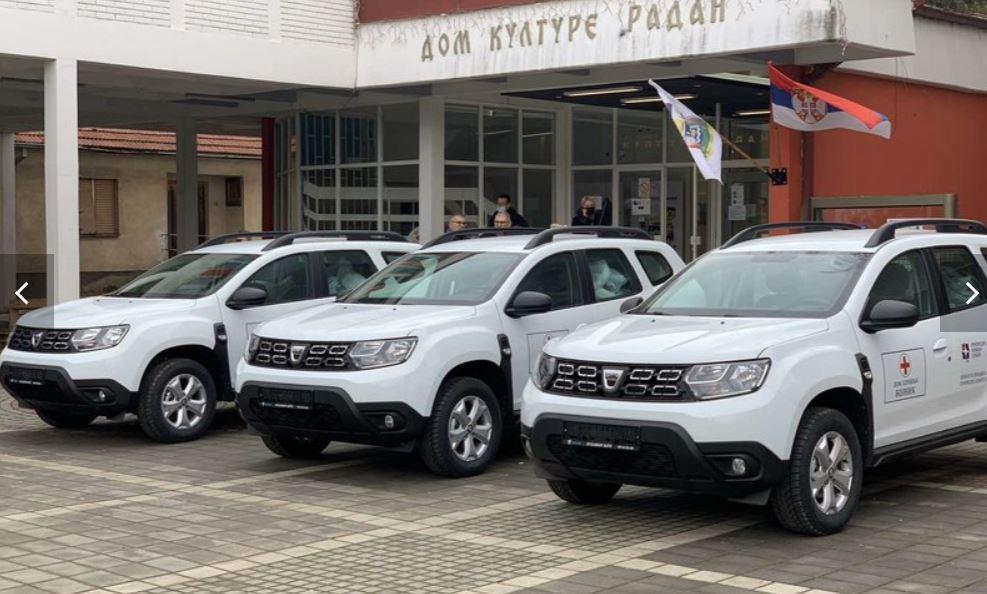 Stigla tri nova terenska vozila za domove zdravlja u Lebanu, Bojniku i Medveđi