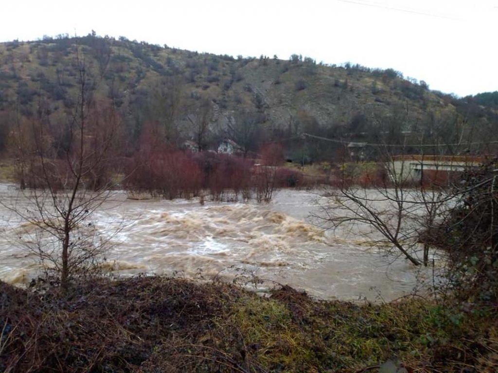 Za sada nema opasnosti od izlivanja reke Pčinje
