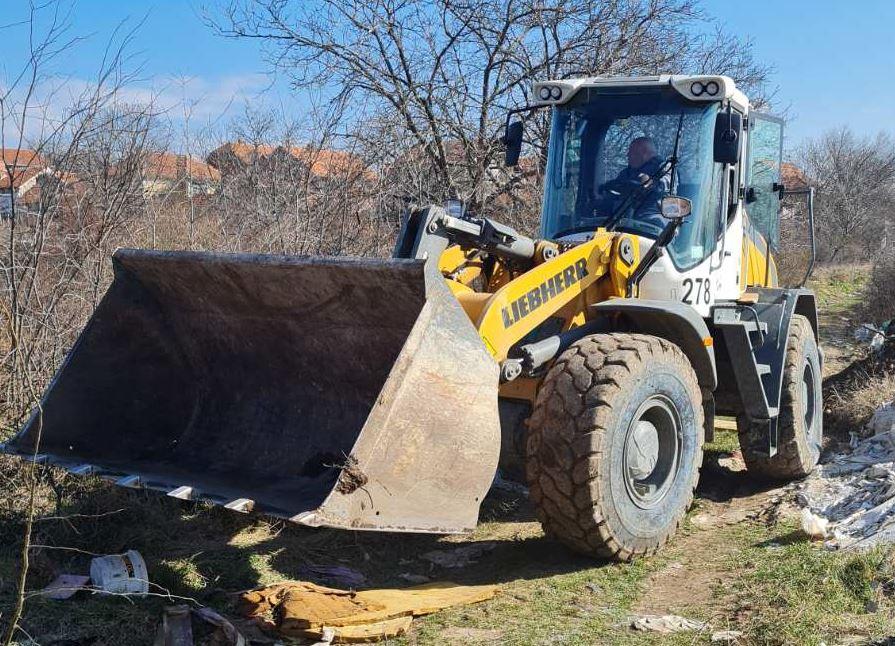 Očišćena divlja deponija na ulazu u naselju Vinik