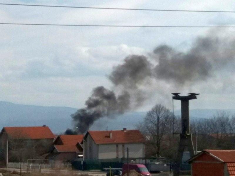 Radničko naselje ponovo u crnom dimu