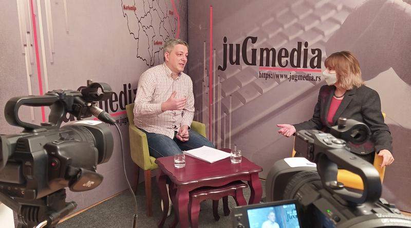 Igor Jovanović: Prate i upozoravaju nove članove Dveri (video)