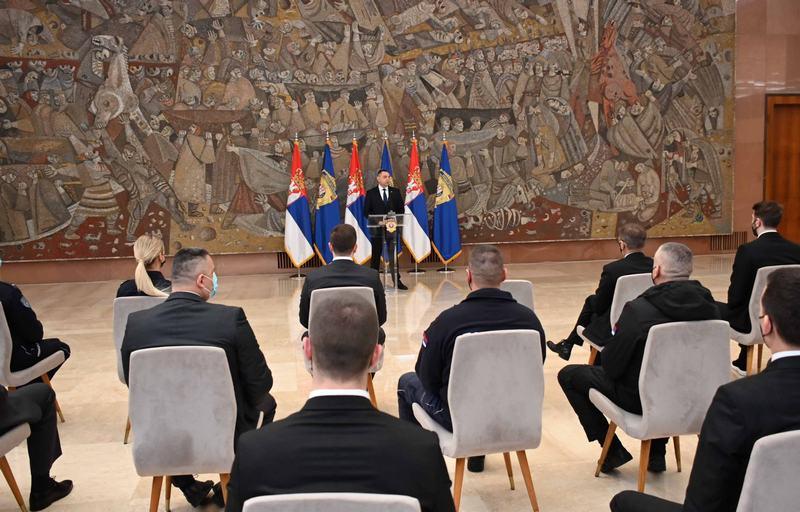 Ministar Vulin nagradio 50 pripadnika MUP-a, među njima i Vranjanac Dejan Marinković