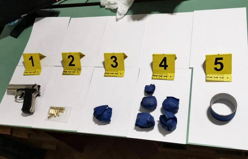 """Akcija """"Gnev"""": Leskovačka policija zatekla muškarca ispred jednog gradskog hotela sa paketićem heroina"""