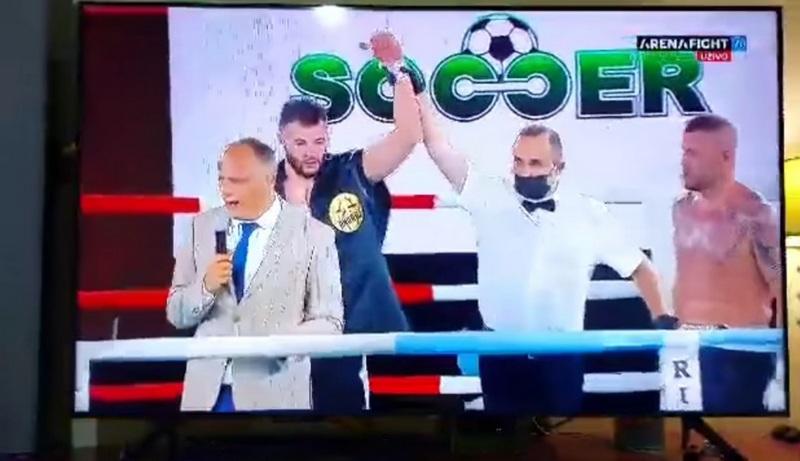Velika pobeda boksera Leskovčanina Andreja Pešića nad najbolje rangiranim mađarskim borcem