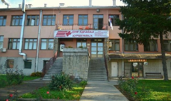 U Kuršumliji se vakcinisala i baka Leposava (88) iz Prištine