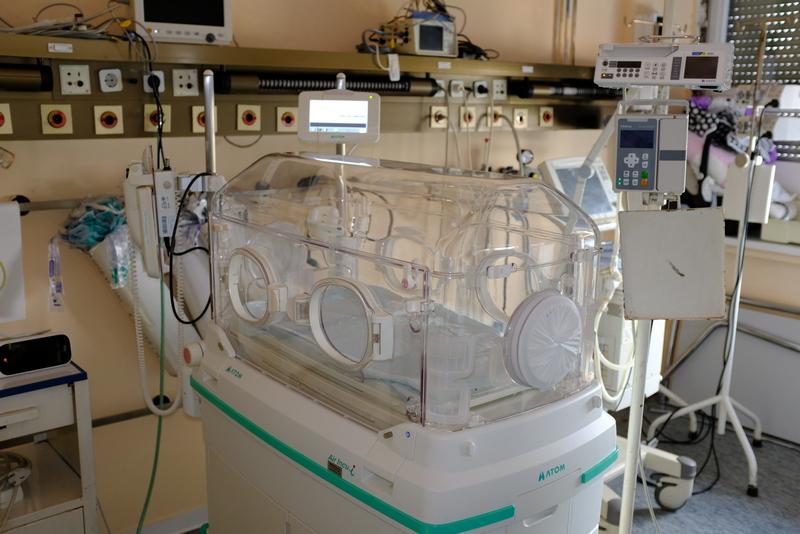 Klinika za dečju hirurugiju u Nišu dobila savremeni inkubator